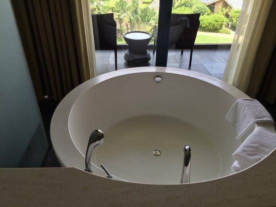 Hilton Sanya Yalong Bay Resort & Spa: photo1.jpg