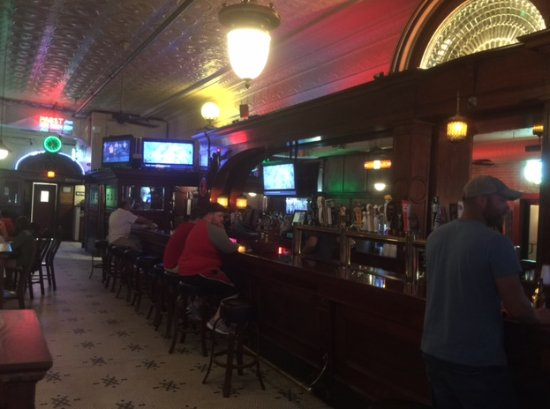 Kewanee, IL: another picture of the bar