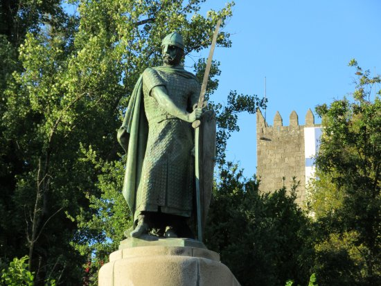 Estatua de D. Afonso Henriques