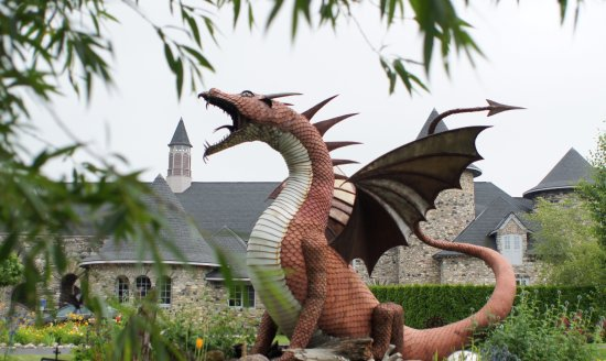 Castle Farms: Dragon