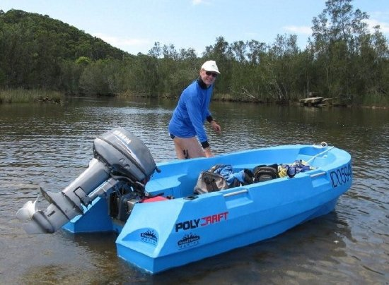 Narrabeen, أستراليا: shallow in many parts of lake - entrance of Deep Creek