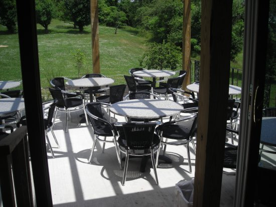 Marlboro, NY: Outdoor patio