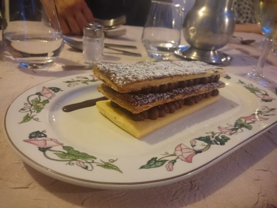 Les Geraniums: Chocolate mille-feuille