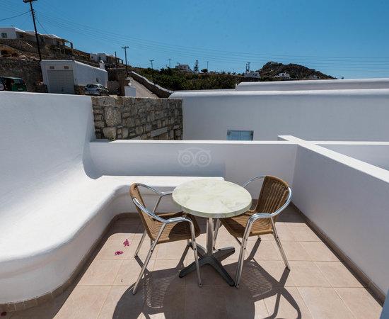 Manoulas Mykonos Beach Resort Updated 2017 Hotel Reviews Price Comparison And 496 Photos