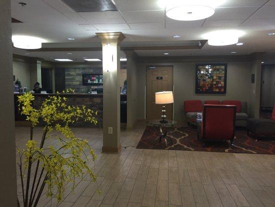 Best Western Plus Bradenton Hotel & Suites: Loby