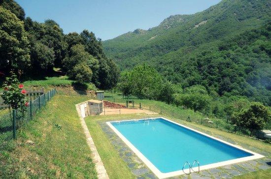 Camping les illes montseny provincia de barcelona for Piscinas del montseny