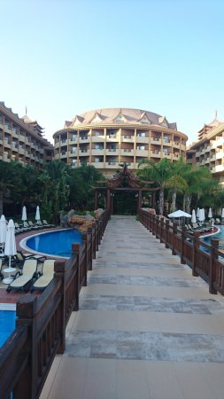 Royal Dragon Hotel: DSC_0295_large.jpg