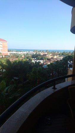 Royal Dragon Hotel: DSC_0275_large.jpg