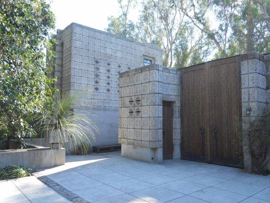 "Millard House the millard house, called ""la miniatura""frank lloyd wright"