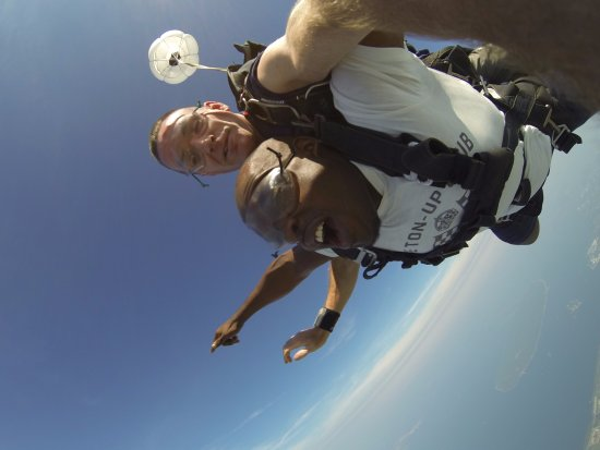 Skydive Newport: My First Jump