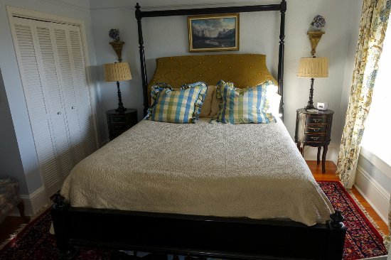 Fisher House Bed and Breakfast Image