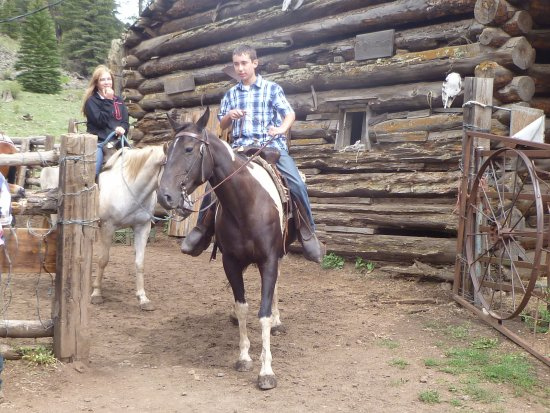 Sprucedale guest ranch alpine tripadvisor for Sprucedale ranch
