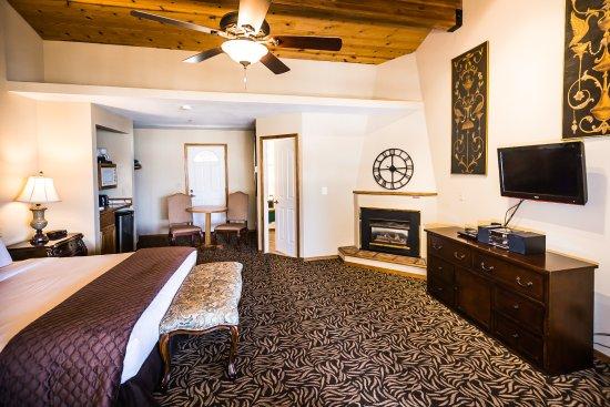 Tahoe Vista, CA: Lake View Suite - King Bed