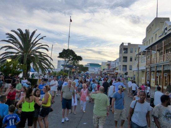 Hamilton, Islas Bermudas: The Walk On Front Street