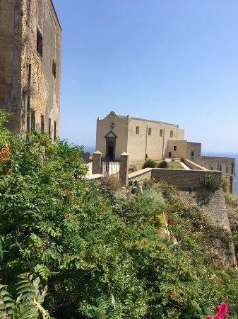 La chiesa di Santa Maria delle Grazie vista dalla terrazza del ...