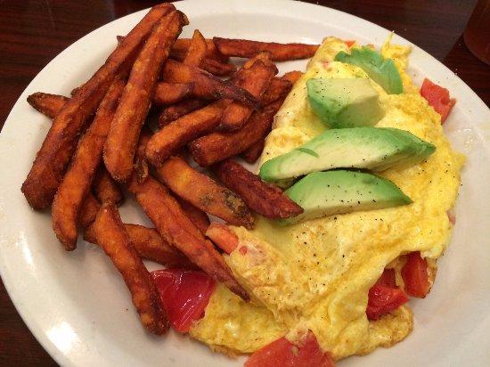 Ambler, PA: Veggie omelette and sweet potato fries
