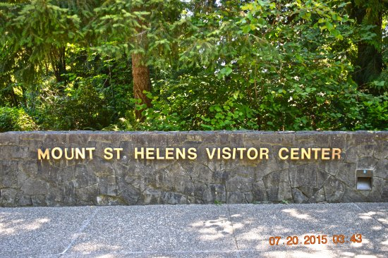 Amboy, WA: Mt. St. Helens Information Center ( the sign says visitor center even though its at the Info Ctr