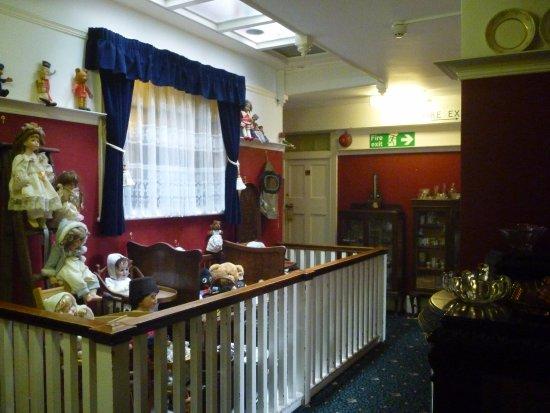 Walpole Bay Hotel: Hall way (museum)