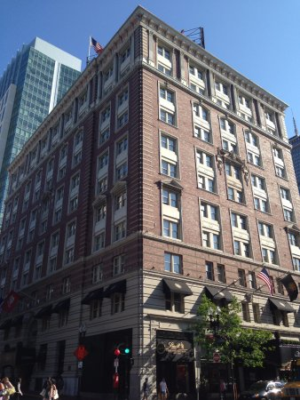Lenox Hotel: Exterior