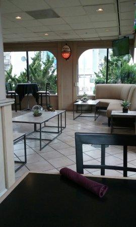 Schooners: Waiting/lounge seating area at Schooner's