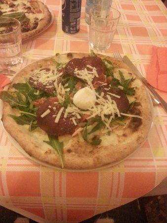 Pizzeria Viraf: Pizza Super VIRAF