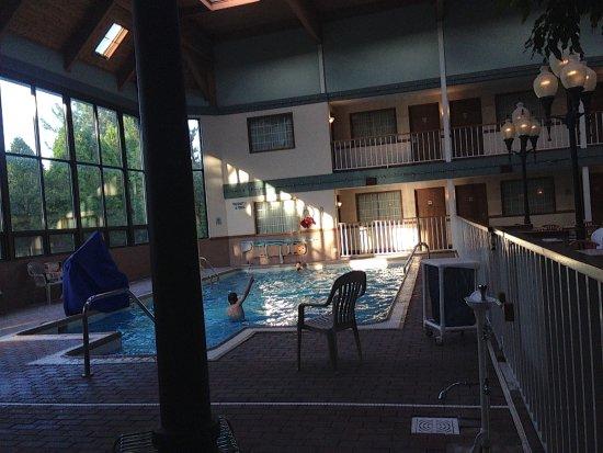 Rodeway Inn 68 9 0 Updated 2018 Prices Hotel Reviews Grandville Mi Tripadvisor