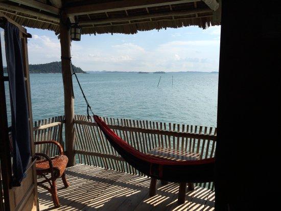 Telunas Resorts - Telunas Beach Resort: Balcony hammock