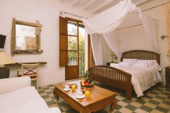 Vara de Rey Guest House: suite to D´Alt Vila