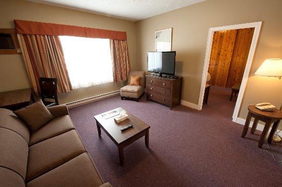 Alpine Inn and Suites: Family suite