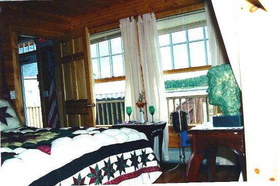 Betsy Ross Lodging: Betsy Ross Lodging / Room #1