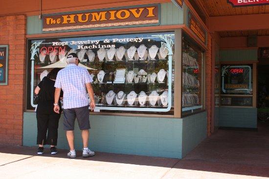 The Humiovi