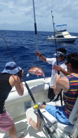 Cancun Fishing Tours: Red Snapper