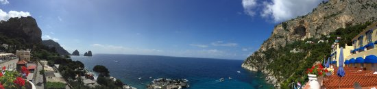 Hotel Weber Ambassador Capri: View from the terrace of Deluxe Suite