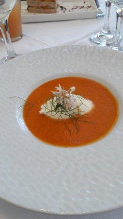 La Parenthèse  : gaspacho de tomates et sorbet chèvre.