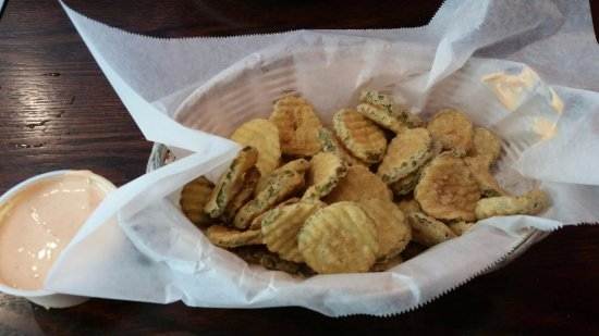Canton, CT: Fried Pickle Chips