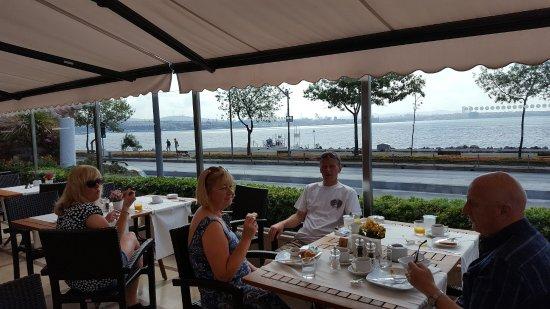 BEST WESTERN Citadel Hotel: Dining Alfresco