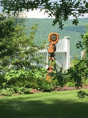 Shaker Hill Bed and Breakfast: The new art installation in one of the lovely gardens