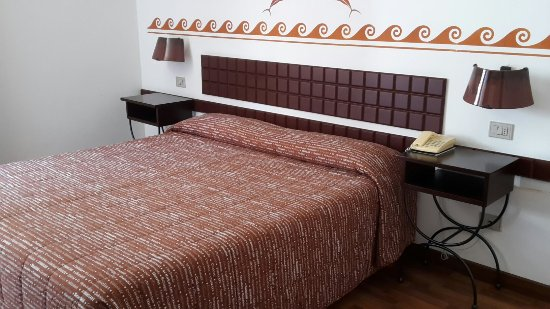 Etruscan Chocohotel: 20160626_104908_large.jpg