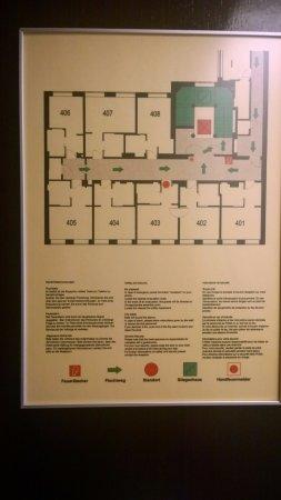 The Levante Parliament: Plano del piso