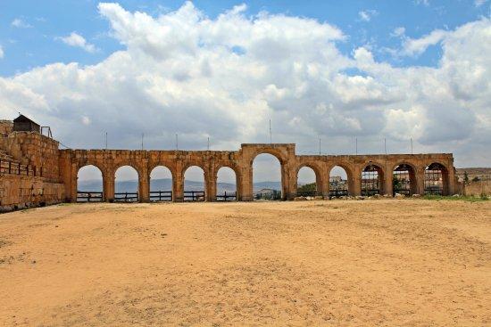 Ruiny Dżarasz: The circus/hippodrome