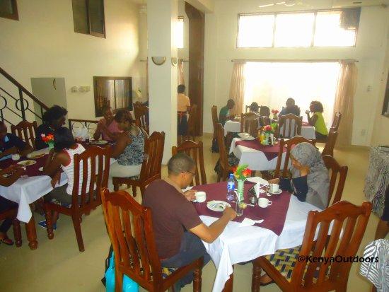 Zebra Hotel: Our clients having breakfast