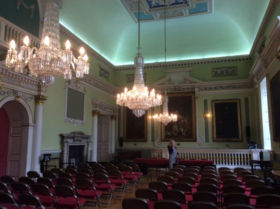 Mansion House: Hall set out with theatre style seating