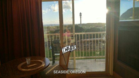 Hi-Tide Oceanfront Inn: edited_20160618_202718_HDR_large.jpg