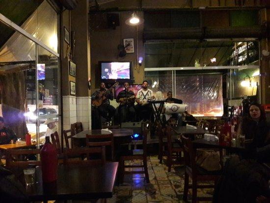 Bar do Arnesto: mostra