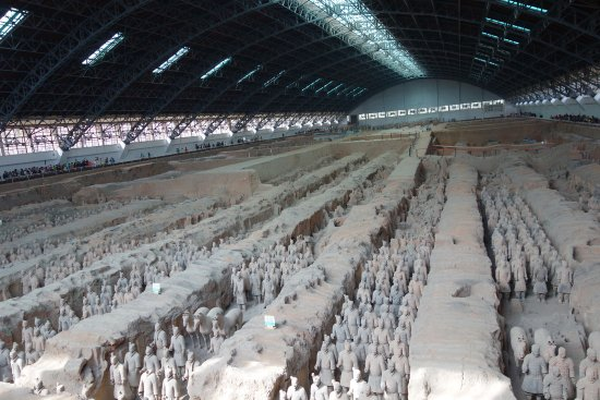Xian County, China: The Great Xi'an Mausoleum