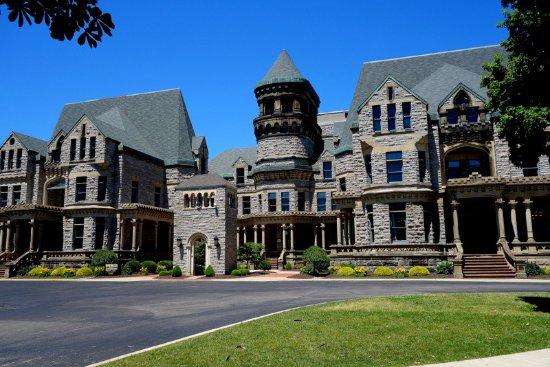 Mansfield, OH: Ohio State Reformatory