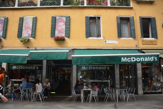 Mcdonalds Venice Italy Picture Of Mcdonald S Venice