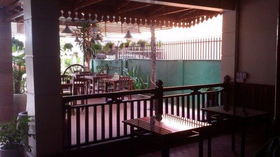 Angkor Voyage Villa: Looking out through the ground floor restaraunt