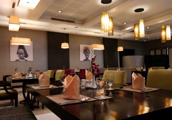 Mercure Vientiane: Restaurant