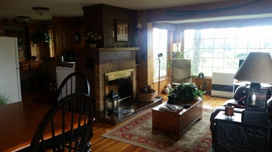 Hoedel's Homestead Cottage: House living room. There's a small TV in the corner that you can't see in the picture.
